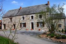 Small farmhouse in Namur for your holiday in the Ardennes with Ardennes-Etape