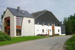 Holiday cottage in Neufchâteau for 7/9 persons in the Ardennes