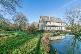 Luxury villa in Ouffet for 16 persons in the Ardennes