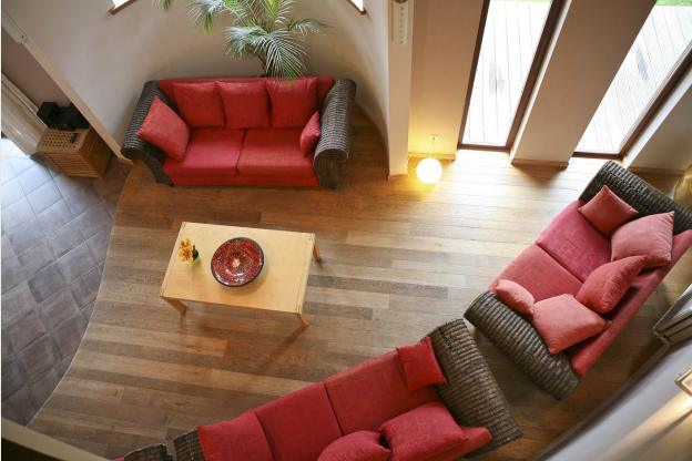 Luxury Villa In Ovifat To Spend A Wonderful And Relaxing Stay