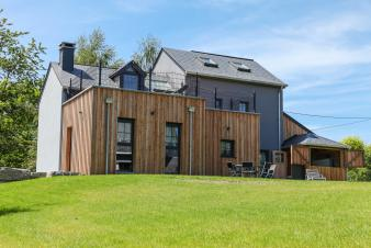 Well-equipped holiday house for 7 persons to rent in Paliseul