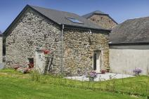 Small farmhouse in Paliseul for your holiday in the Ardennes with Ardennes-Etape