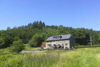 Holiday cottage in Redu for 38 persons in the Ardennes