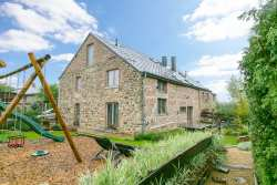 Renovated small farmhouse converted into cosy holiday cottage in Rendeux