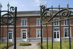 Comfortable holiday home for 12 to 14 persons with wellness in Rochefort
