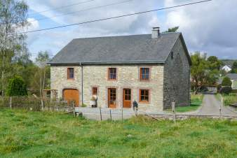 Family holiday house for 9 persons to rent in Saint-Hubert