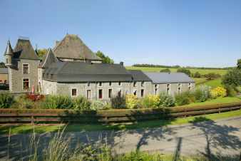 Holiday home for 4 persons in a castle-farm in Sainte-Ode