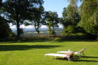Pleasant holiday cottage for 8 persons in the countryside of Somme-Leuze