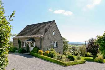 3 star holiday cottage in Somme-Leuze - a luxury rental for 6 persons