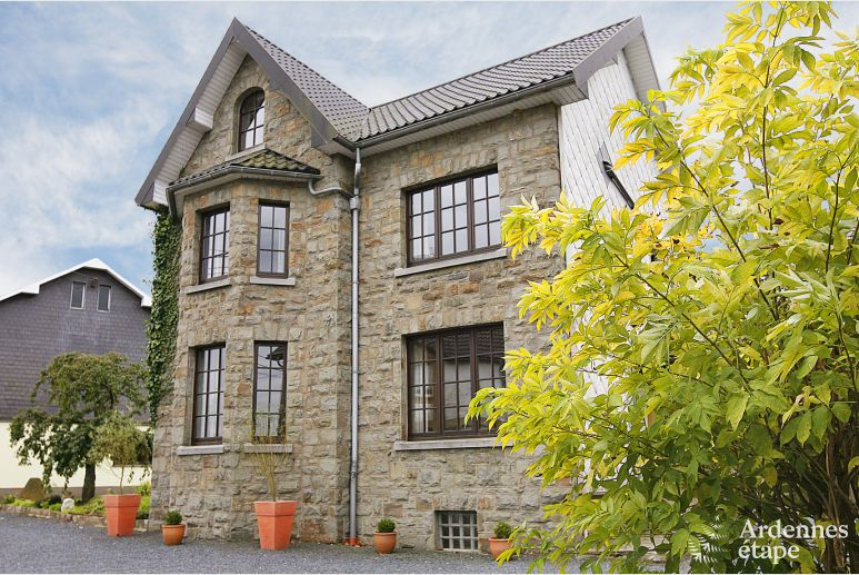 Holiday cottage in Sourbrodt for 12 persons in the Ardennes