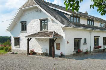 Holiday house for 7 to 9 people dogs allowed in Spa in the Ardennes