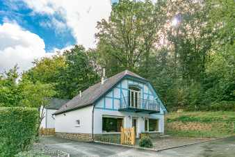 Holiday cottage in Spa for 14 persons in the Ardennes