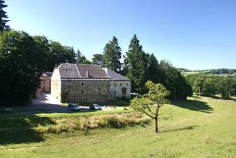 3-star holiday cottage for 18 persons to rent near Sprimont