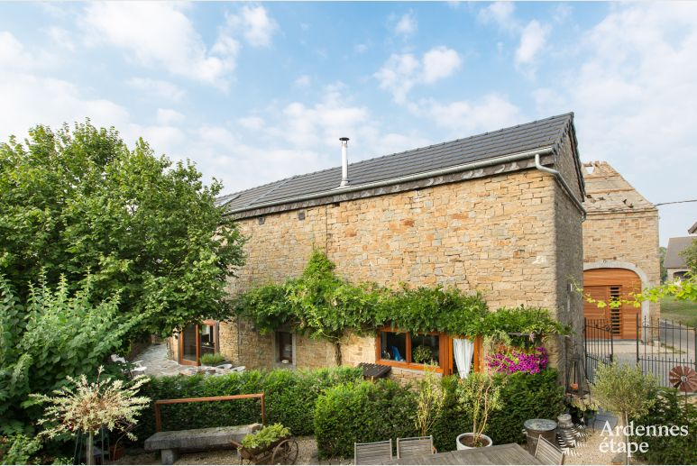 Picturesque holiday stonehouse for 8 persons in Sprimont