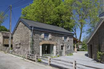 Authentic stone house to rent for a relaxing couples holiday in St-Vith