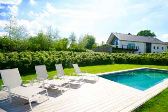 Luxury Ardennes villa with swimming pool for 14 pers. to rent in St Vith