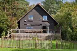 Spacious holiday cottage for 13 persons in Stoumont