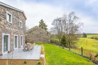 Converted farmhouse for six people in Stoumont