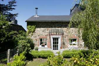 Charming comfort holiday house wih character to rent in Stoumont