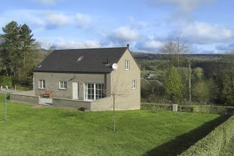 Holiday cottage in Tenneville for 8/9 persons in the Ardennes