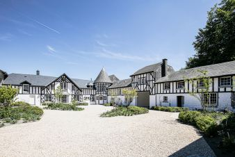 Castle in Theux for 39 persons in the Ardennes