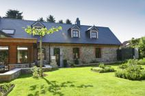 Small farmhouse in Thuin for your holiday in the Ardennes with Ardennes-Etape