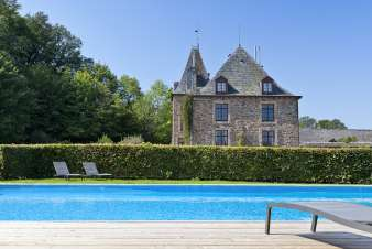 Holiday château with pool in the garden for 15 persons in Trois-Ponts