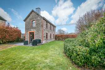 Holiday cottage in Vaux-sur-Sûre for 2/4 persons in the Ardennes