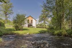 Self-catering accommodation to rent near tourist attractions in Vielsalm