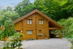 Pretty wooden chalet with sauna and stunning views in Viroinval