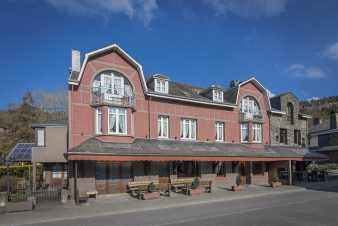 Former hotel for 22 people in Vresse-sur-Semois