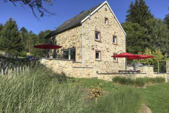 Holiday cottage for 10 persons in a quiet and enchanting setting in Waimes