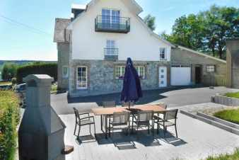 Farm holiday in the Ardennes in a modern cottage to rent in Waimes