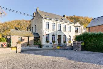 Holiday cottage in Walcourt for 23 persons in the Ardennes