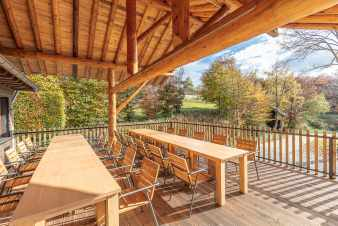 Beautiful chalet with panorama, bubble bath and sauna close to Malmedy