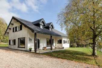 Spacious holiday home for ten people in Xhoffraix, in the Ardennes